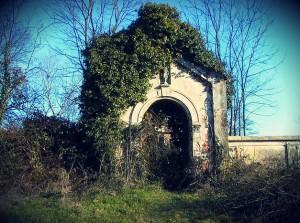 darola ingresso cimitero