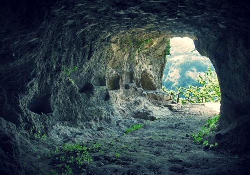 La grotta di Re Tibéri