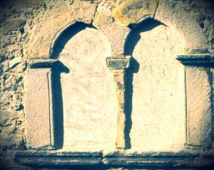 Bifore Palazzo Minutolo di Agnone