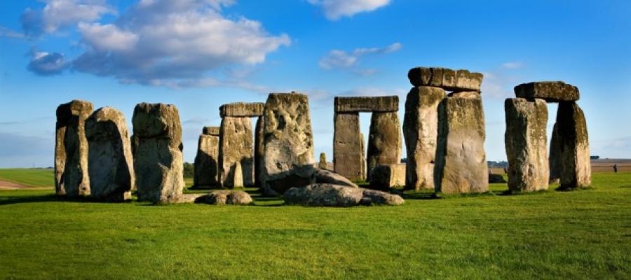 #Stonehenge: al sito ha fatto ritorno un pezzo di roccia portato via negli anni '60
