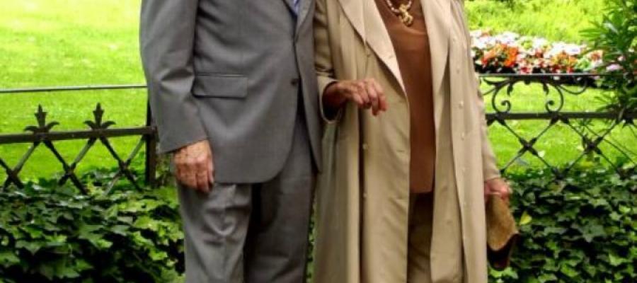 """Casa #Vianello, la coppia di domestici: """"Strane #presenze nei corridoi. Che siano i #fantasmi di #Sandra e #Raimondo?"""""""