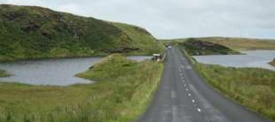 In irlanda c'è uno specchio d'acqua #infestato dai #fantasmi che appare e scompare