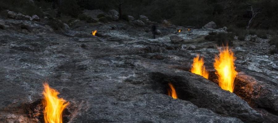 """Il #mistero della montagna che """"#sputa #fuoco"""""""