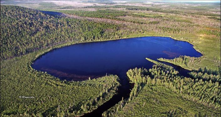 Lago Čeko - foto aerea